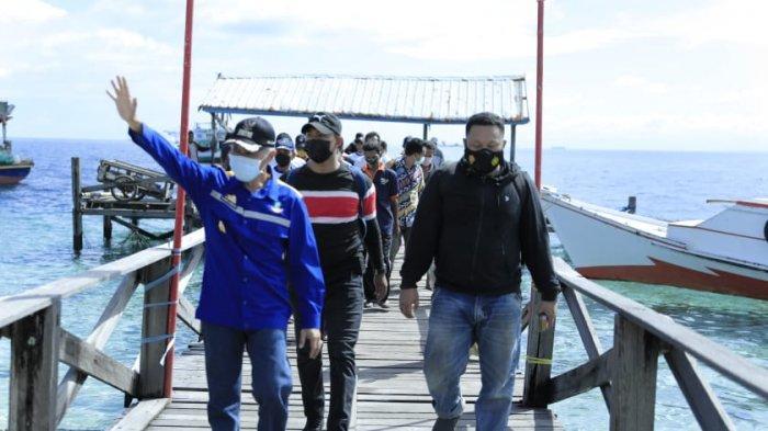 Wabup Pangkep Kunjungi Lokasi Pembangunan SPBN di Pulau Pa'jenekang