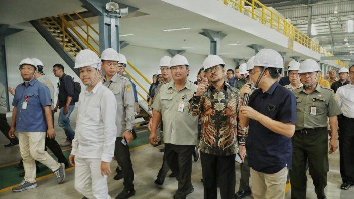 Di Purwakarta, Mentan Syahrul Yasin Limpo Dorong Tiga Kali Lipat Ekspor Benih Sayuran - syahrul-yasin-limpo-dorong-ekspor-benih-sayuran.jpg