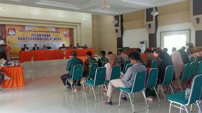 KPU Barru Lantik 35 Anggota PPK