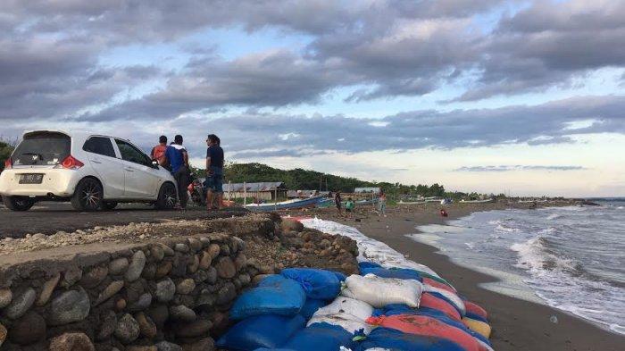 Proyek Laston Pantai Merpati Bulukumba Tak Sesuai Harapan, Anggota DPRD Minta Kontraktor Lakukan Ini