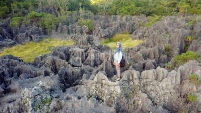 Jalan Terjal Menuju Tempat 'Pesembunyian' Taman Batu Karst di Balocci Pangkep