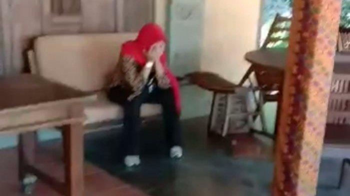 Tangkapan layar video suami grebek istri selingkuh di hotel saat jam dinas.