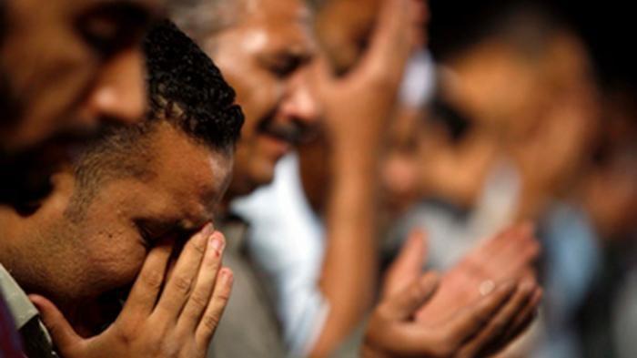 Niat & Tata Cara Sholat Taubat di Akhir Bulan Ramadhan, Dikerjakan Sebelum Sholat Subuh