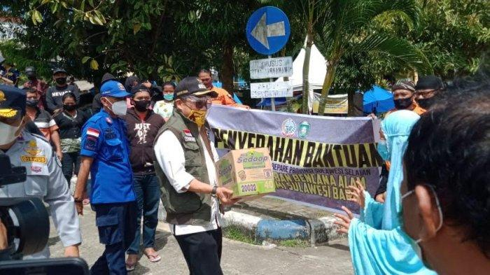 Setelah Golkar, Taufan Pawe Serahkan Bantuan Pemkot Parepare ke Korban Gempa Sulbar