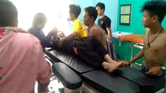 Pasca Serang Pelayat, Petugas Damkar Luwu Timur Musnahkan Sarang Tawon di TPU Ussu