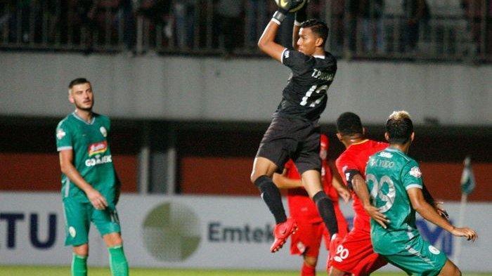 Kiper Timnas Indonesia Gabung di Persib Bandung