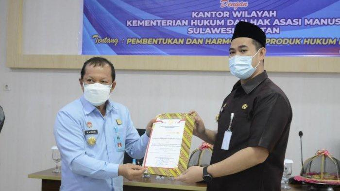 Kakanwil Kemenkumham Sulsel Teken MoU Produk Hukum Daerah dengan Bupati Pangkep