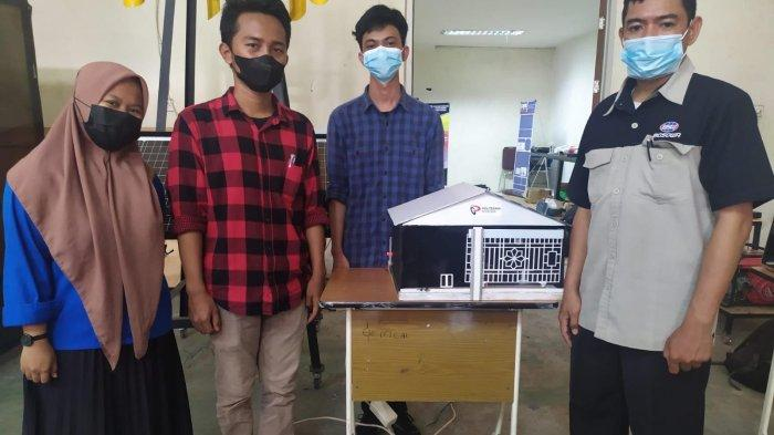 Tiga Mahasiswa Politeknik Bosowa Ciptakan Alat Pemantau dan Pengontrol Lampu hingga Kebocoran Gas