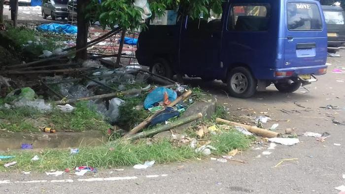 Sampah Berserakan di Terminal Petta Ponggawae Bone - terminal-bone_20160407_184819.jpg
