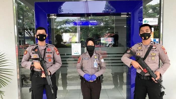 Polisi Jaga Fasilitas Umum di Sinjai