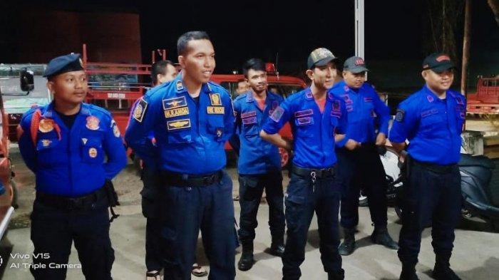 Damkar Wajo Kirim 9 Relawan Bantu Padamkan Karhutla di Gunung Bawakaraeng Gowa