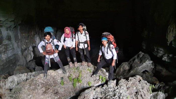 2 Hari Tim Ekspedisi Gua Mapala 09 FT Unhas Simulasi di Gua K22 di Camba Maros, Begini Perjalanannya - tim-ekspedisi-gua-ukm-mapala-09-senat-mahasiswa-fakultas-teknik-universitas-hasanuddin.jpg