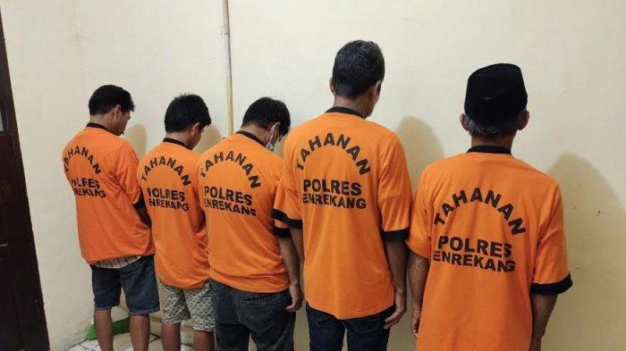 Ramadan, Tim Resmob dan Intelkam Polres Enrekang Tangkap 5 Pelaku Judi di Masalle