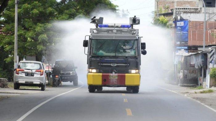 Penyemprotan Disinfektan di Bulukumba Gunakan Mobil Water Canon
