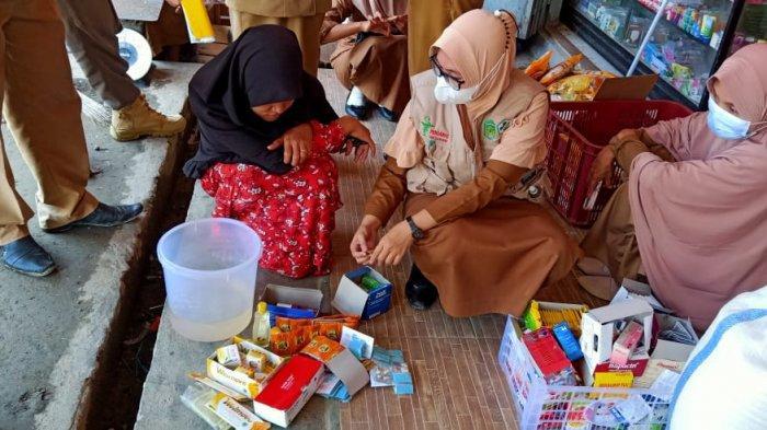 Operasi di Angkona Luwu Timur, Pengawas Obat dan Makanan Temukan Makanan Kadaluarsa