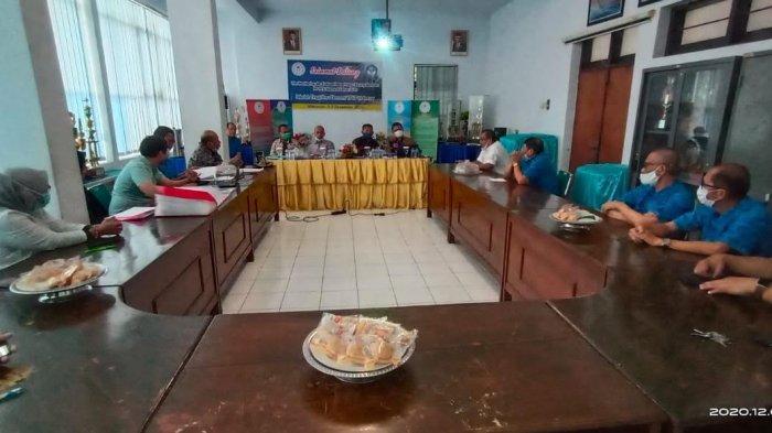 Tim Monev PP-PTS Kemendikbud Kunjungi STIE YPUP