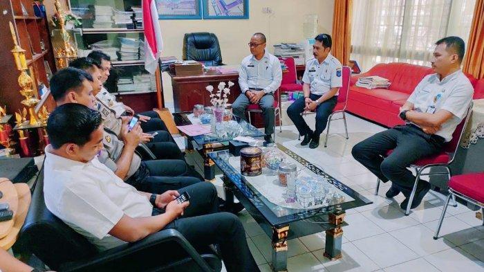 Inspektorat Usut Foto Jokowi yang Dibebankan ke Pelajar SMA 5 Makassar