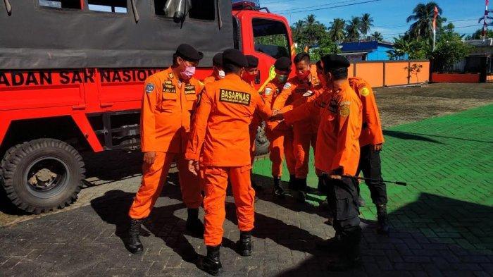 1 Tim Diturunkan Cari Warga Hilang di Sungai Lembang-lembang Polman