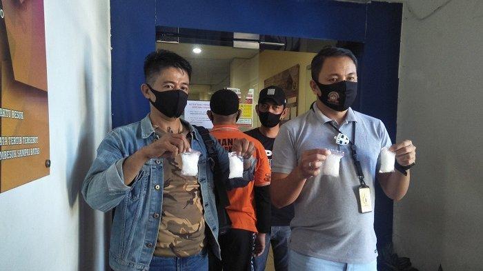 Tim Ubur-ubur unit satuan narkoba Polrestabes Makassar berhasil menangkap seorang pria asal Tarakan Kalimantan Utara yang merupakan jaringan pengedar sabu internasional.