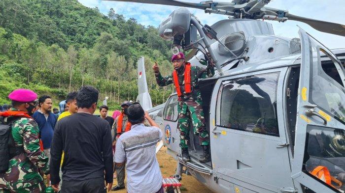 TNI AL Kerahkan Dua Helikopter Bawa Logistik ke Daerah Terisolir di Sulbar