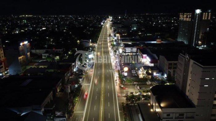 Foto Drone; Tol Layang AP Pettarani Saat Malam Hari - tol-layang-sepanjang-jalan-ap-pettarani-makassar-terekam-menggunakan-kamera-drone-1.jpg