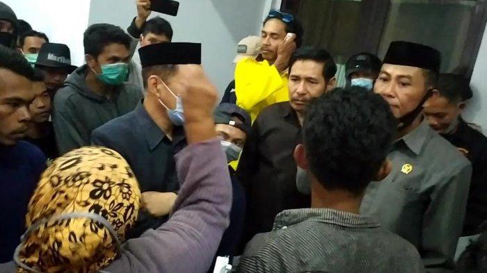 Protes 20 TKA, Gerakan Rakyat Bantaeng Jemput Anggota DPRD Temui PT Huadi
