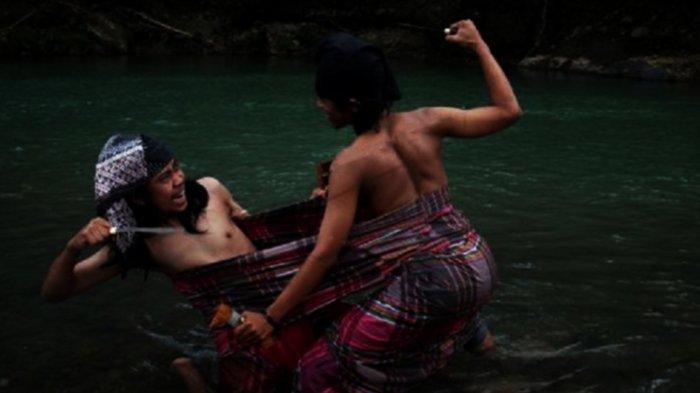 Inilah Tradisi Sigajang Laleng Lipa, Tradisi Mengerikan Masyarakat Bugis Makassar