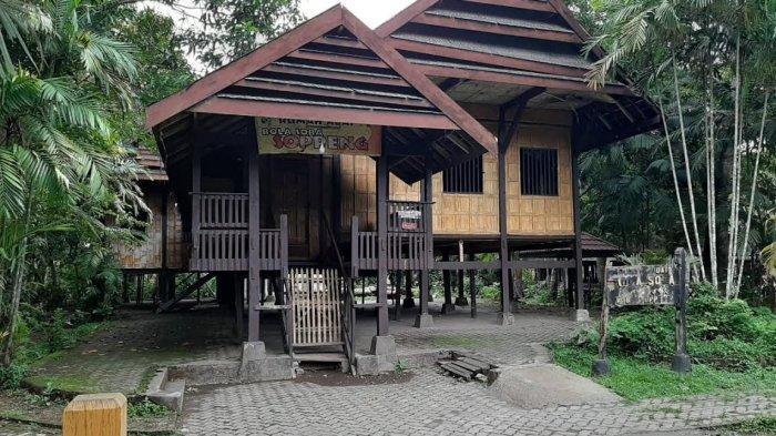 Wisata Ke Benteng Somba Opu