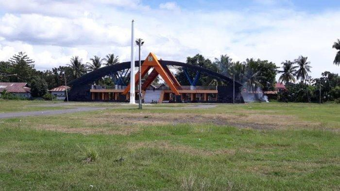 Cegah Aksi Asusila, Wakil Ketua MUI Sarankan Pemkab Manfaatkan Tribun Lapangan Sinjai Bersatu