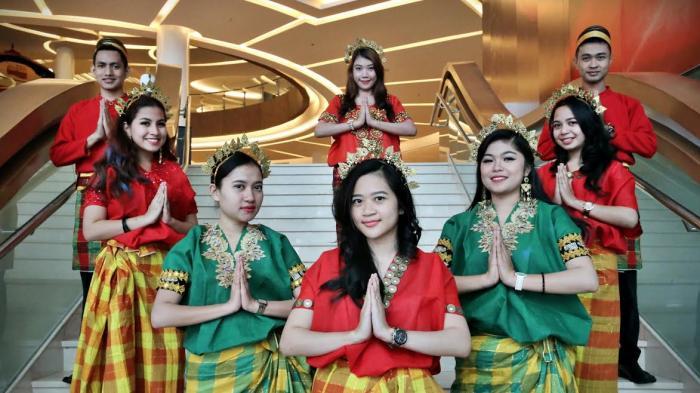 Apa Itu Baju Bodo? Berikut Bentuk dan Fungsi Pakaian Adat Sulawesi Selatan