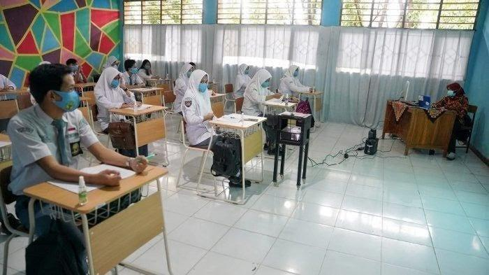 Kasus Covid-19 Meningkat, Sisa Empat Persen Sekolah Gelar Pembelajaran Tatap Muka