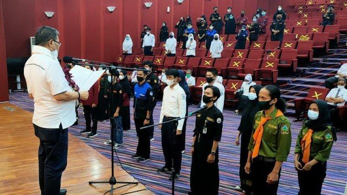 Lantik 13 UKM se-UNM, Prof Husain Syam: Jaga Citra Institusi