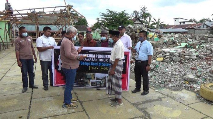 Unsulbar Bantu Perbaikan Masjid Terdampak Gempa Sulbar