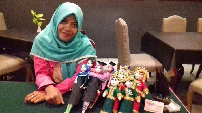 Mahasiswi Unhas Ini Produksi Suvenir Boneka Pengantin, Harga Mulai Rp 150 Ribu