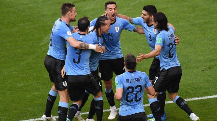 Hasil dan Cuplikan Gol Rusia vs Uruguay: Menang 3-0, Uruguay Juara Grup A