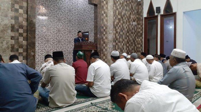 FOTO Jumat Ibadah Pemkot Makassar Hadir di Masjid Amiratus Sholiha