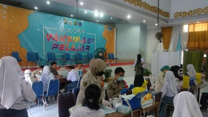 1.378 Pelajar dari 11 Sekolah Divaksin di SMKN 4 Makassar