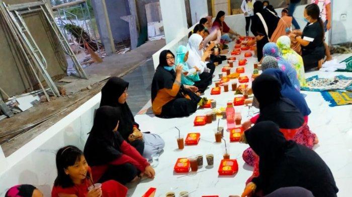 3 Bulan Dibangun,Victoria Park Mosque Dipakai Tarawih, Warga Sentraland Luncurkan Donatur Multilevel