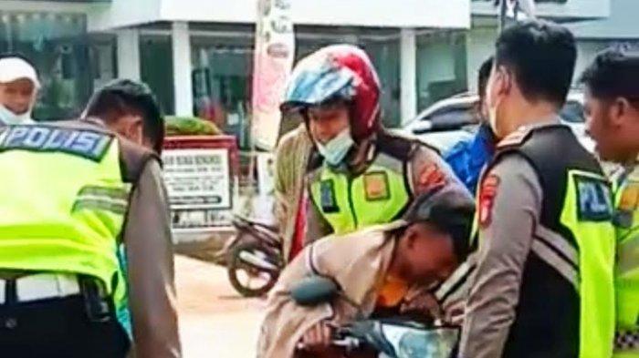 Bocah di Toraja Utara Merengek Agar Tak Ditilang Sambil Peluk Motornya