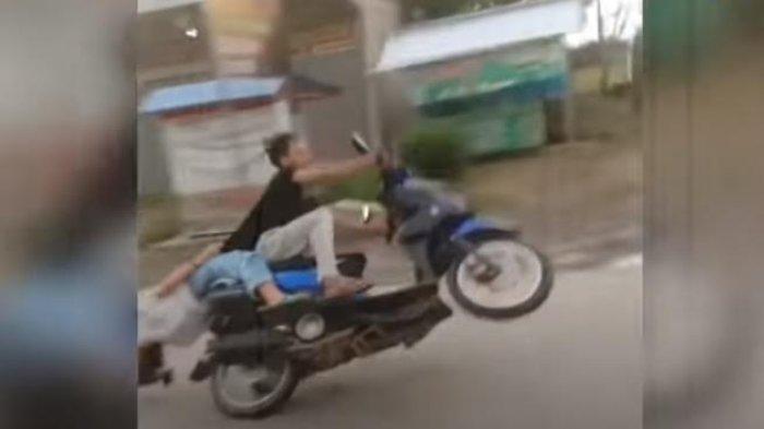 VIDEO Viral Atraksi Freestyle Sepasang Kekasih Berujung Tragis, Keduanya Terjatuh Cium Aspal