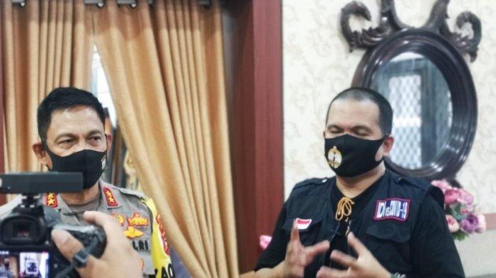 Foto: Kapolda Sulsel Irjen Mas Guntur Laupe Taping untuk 'dr Tribun', Bagikan Tips Tak Makan Malam - wahyudi-muchsin-kapolda-sulsel-irjen-mas-guntur-laupe-2-1282020.jpg