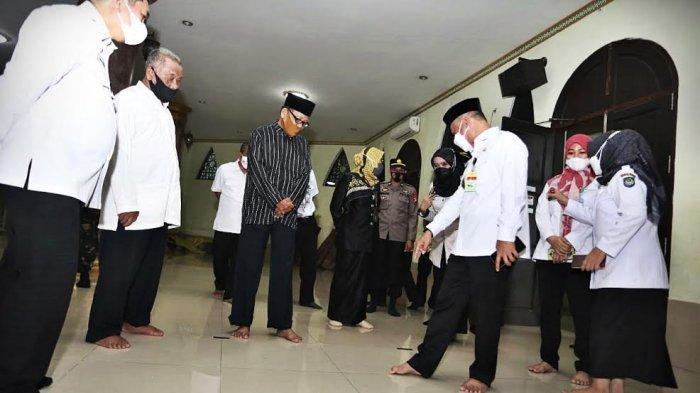 FOTO: Wabup Gowa Harap Tempat Ibadah Taat Tegakkan Protokol Kesehatan