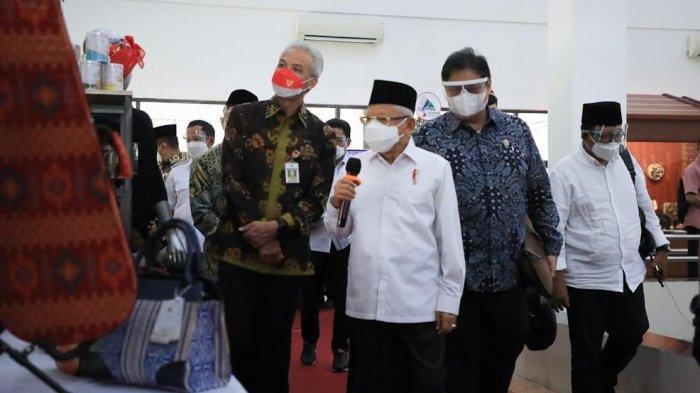 Didampingi Ganjar, Wapres Ma'ruf Amin Dialog dengan Pelaku UMKM Jateng - wakil-presiden-kh-maruf-amin-dalam-kunjungan-kerjanya-ke-semarang-1.jpg
