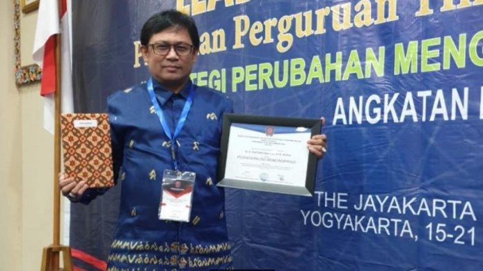 Leadership Training Pimpinan PTM, WR II Unismuh Makassar Terpilih Jadi Peserta Paling Menginspirasi