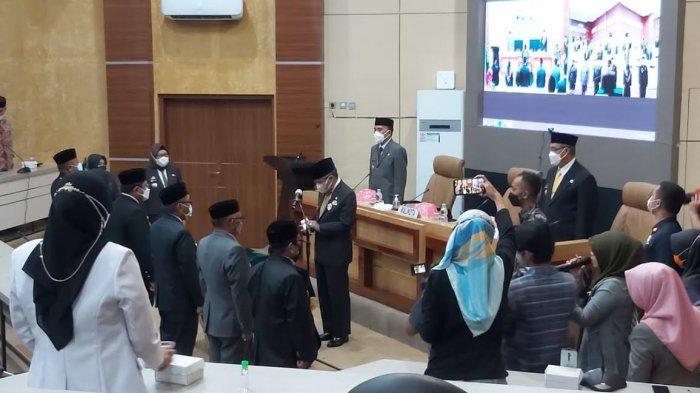 Taufan Pawe Lantik 6 Pejabat Pimpinan Tinggi Pratama dan Pejabat Administrasi Pemkot Parepare