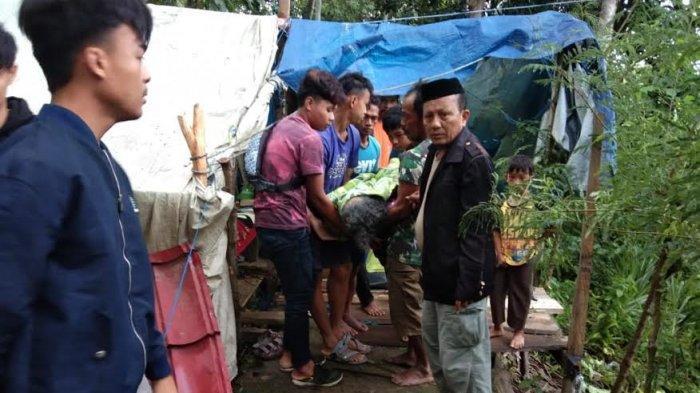Warga Sendana Majene Meninggal di Tenda Pengungsian