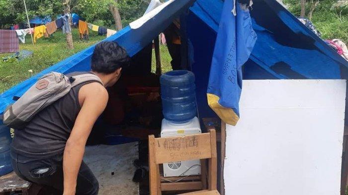 Pengungsi di Majene Bongkar Paksa Tendanya Gegara Pemilih Tanah Marah, Kini Butuh Beras & Air Minum