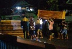 Banjir, Warga Dusun Panyawakkang Jeneponto Mengungsi