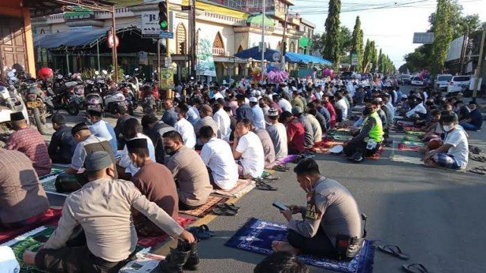 Masjid Agung Al Munawir Pinrang Tak Gelar Salat Iduladha, Warga Terpaksa Putar Balik