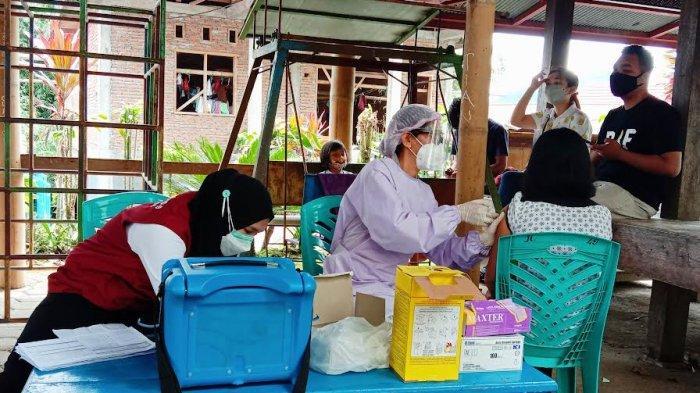 Masyarakat Umum di Tana Toraja Mulai Divaksin Covid-19 Jenis Moderna